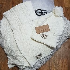 UGG Hat and Scarf Set